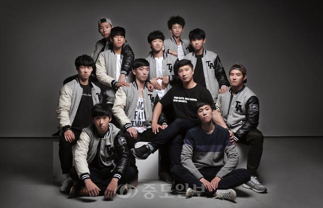 ▲ 마샬아츠팀 어게인 공연팀 단체사진