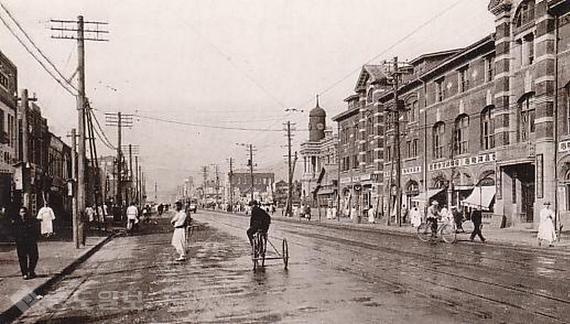 ▲ 일제 강점기 당시 서울 종로 일대의 모습 / 출처 : 위키백과