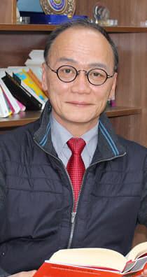 홍경석 작가-프로필