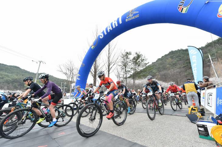 청송군수배 전국산악자전거(MTB)대회 성황) (1)