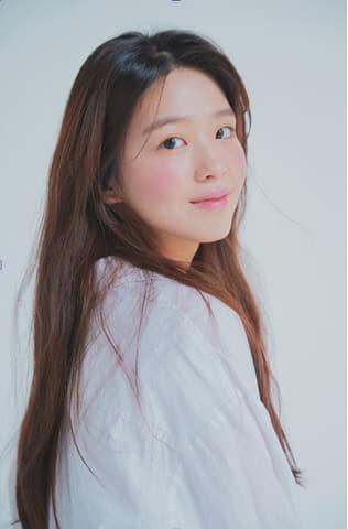 배우 김시은