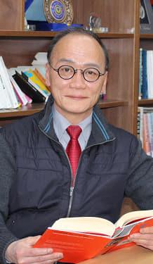 홍경석 칼럼니스트