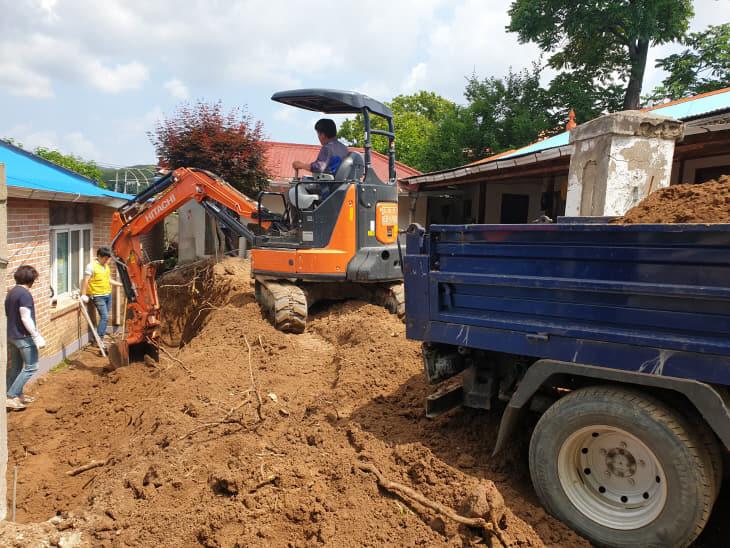 청양군전문건설협회, 기초생활수급자가정 주거환경 개선
