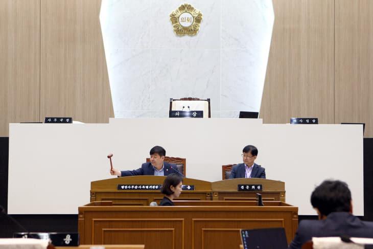 사본 -행정사무감사 최창용 위원장(1) (1)
