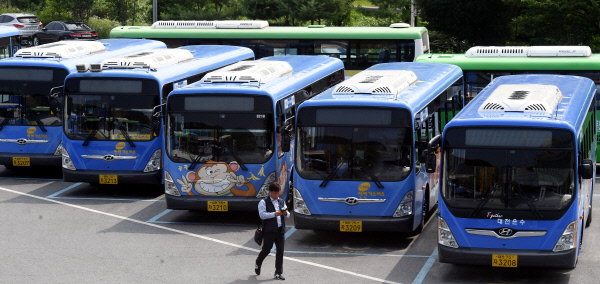 20190716-멈춰선 버스2