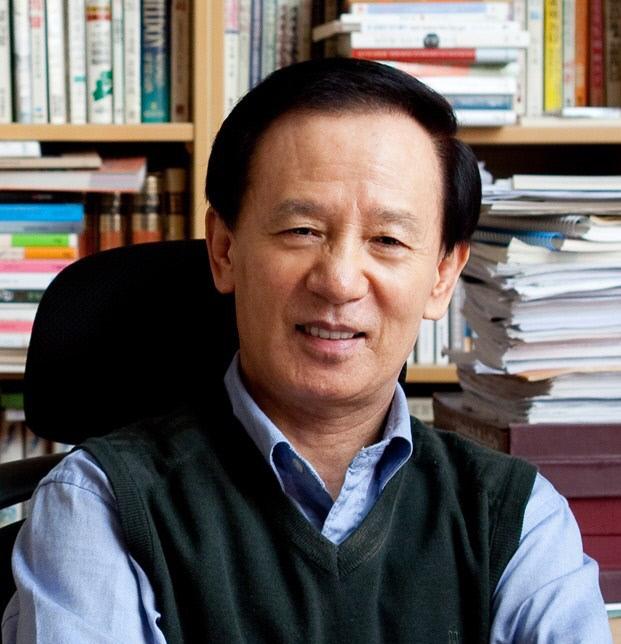 1) 김홍신 작가 사진