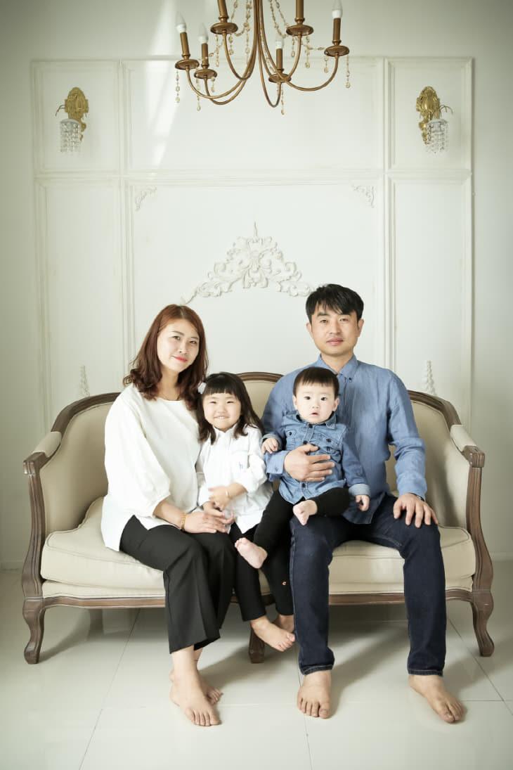 한윤선 가족사진
