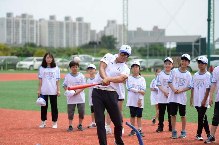 이승엽 홍보대사 티볼 자료사진