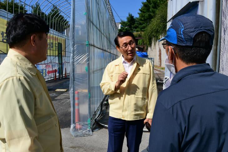 19일(이용록부군수 ASF 방역현장 점검 1)
