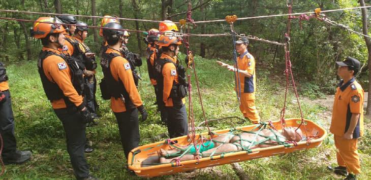 2019년도 가을철 구조대원 산악구조 특별훈련 실시