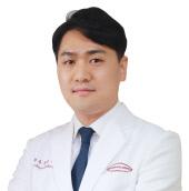 사진_유성선병원 신경과 유인우 전문의