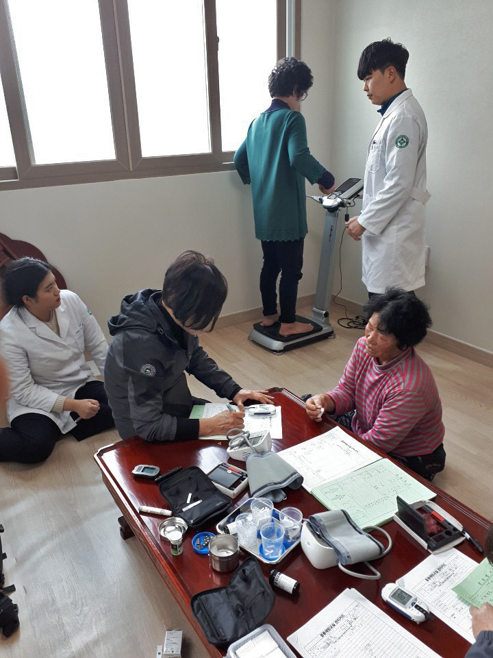 산청군 중풍예방교실 진료 활동 1