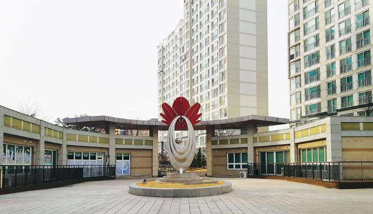 도안14단지-중앙광장조형물