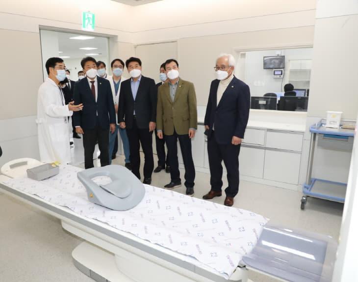 성남시의회 시의원, 성남시립의료원방문