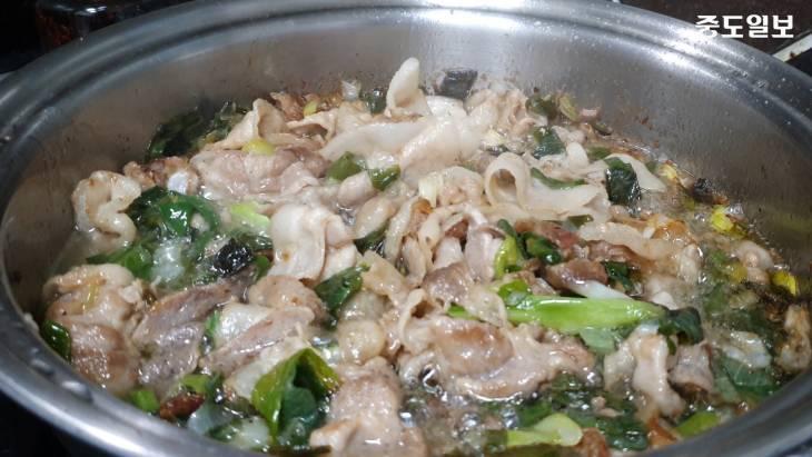 코로나 걱정NO, 집밥으로 면역력 키우기, 돼지고기 파 볶음