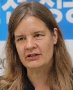 미란다 슈로이어 교수
