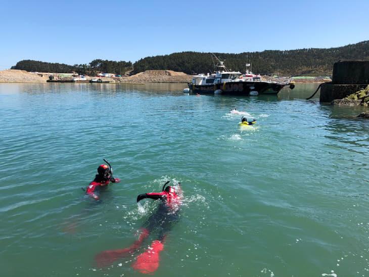 해양구조 훈련 중인 태안해경