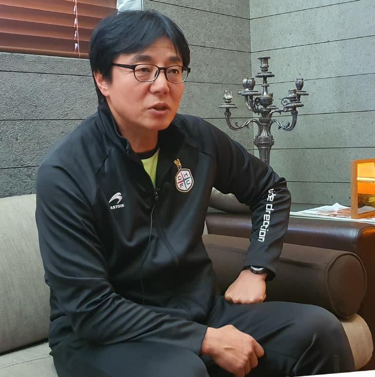 황선홍 대전하나시티즌 감독 `콤팩트하고 빠른 축구할 것`