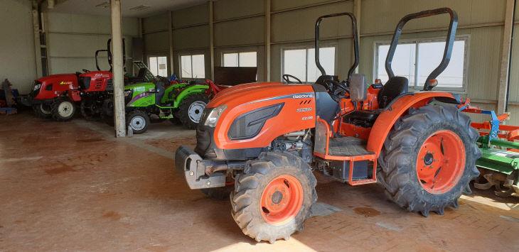 사진3)농기계임대사업소 농기계 전경
