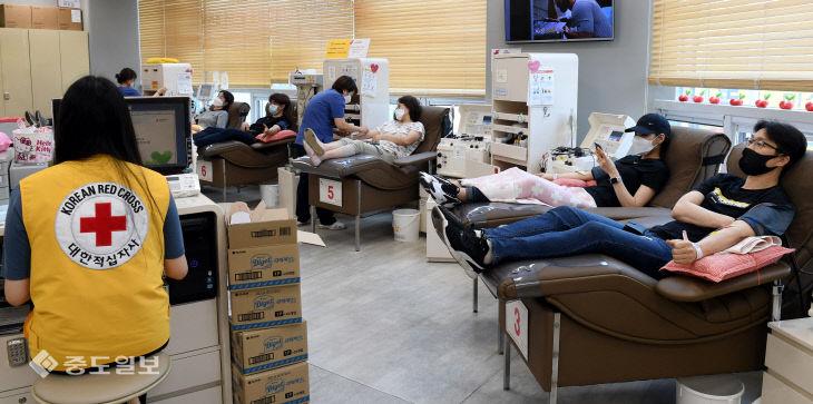 코로나 위기 극복, 헌혈로 동참