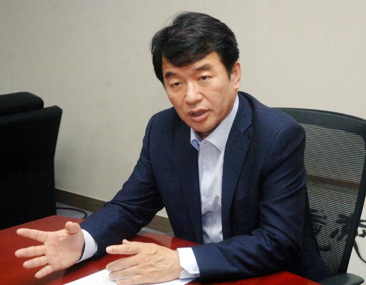 문진석_정치톡 (2)