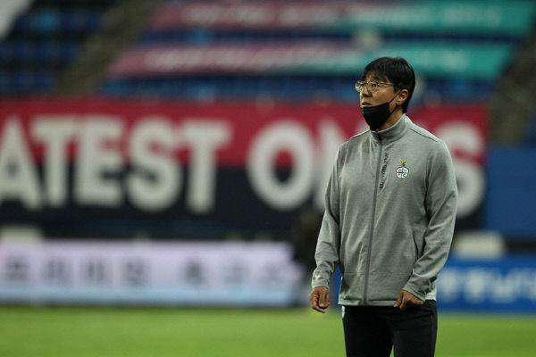시티즌 시즌 첫 패배, 황선홍 판단 미스였다.