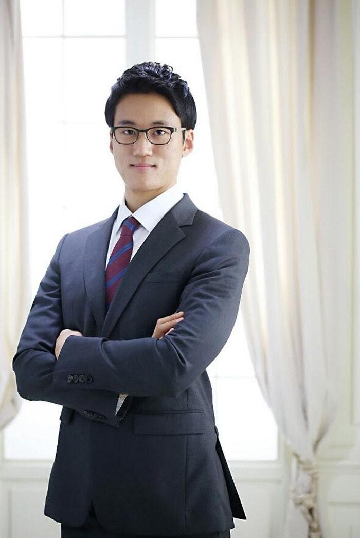 변호사 장주영 사진1