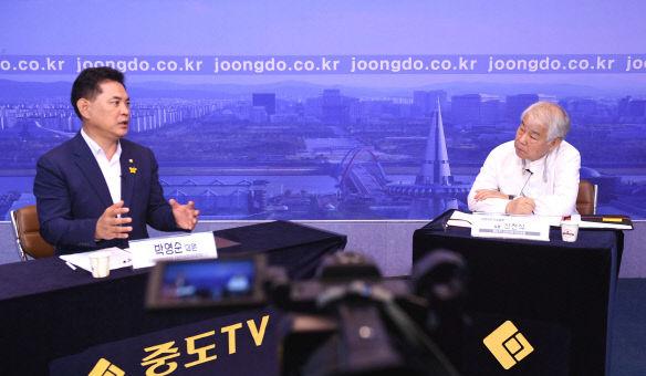 [신천식 이슈토론] 박영순 與대전시당위원장 `시민눈높이 정책으로 대선 지선 준비`