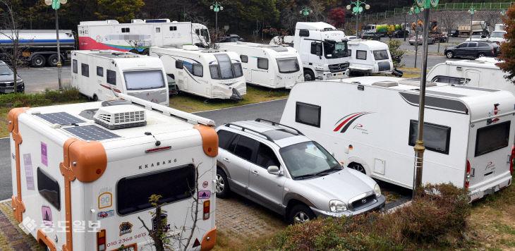 [영상]캠핑장으로 변한 주차장