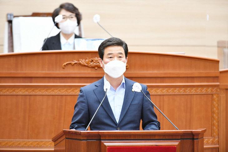 김홍기 의원 결의안