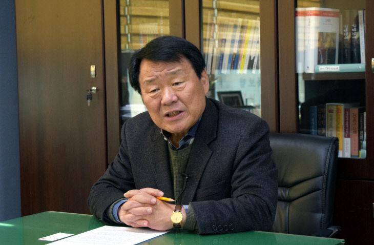 [인터뷰]염홍철 회장 `새마을운동 한단계 도약에 도전`(영상포함)