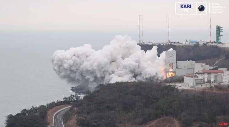 한국형 발사체 누리호 1단 QM 100초 연소시험 성공!
