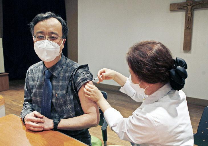 대전성모병원 이동수 의무원장 코로나 백신 접종