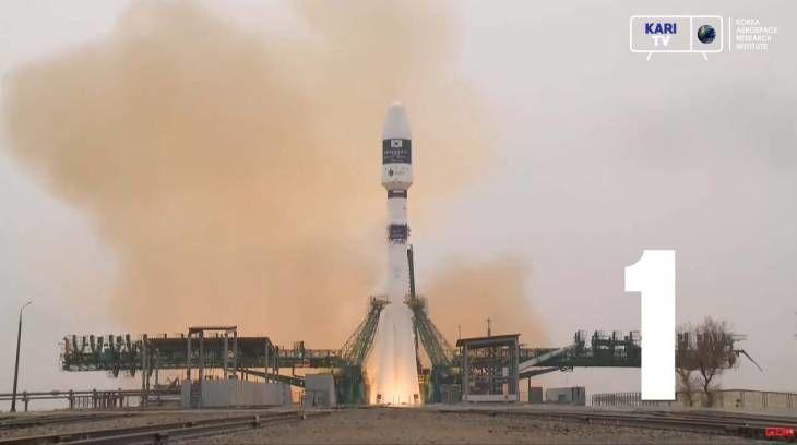 한국이 쏘아 올린 별 50cm급 정밀 지상관측위성 차세대중형위성 1호 발사 성공!