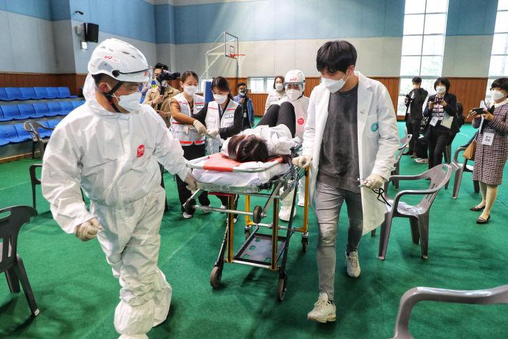 사본 -코로나19 백신접종 모의훈련 사진